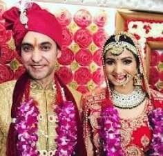 Meenakshi Kandwal Husband