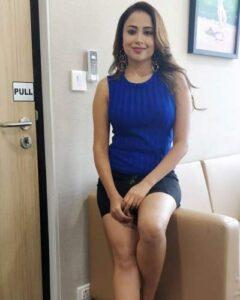 Ridhima Pathak hot
