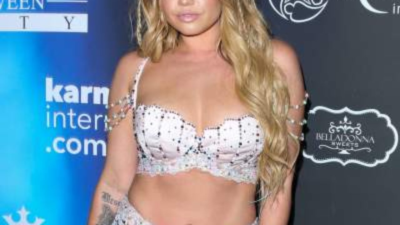 Old chanel coast west is how Chanel West